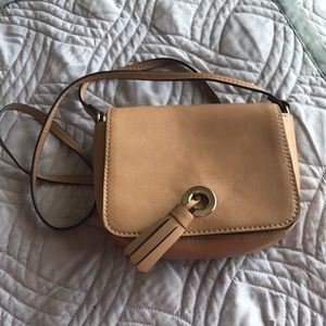 Tan crossbody saddlebag purse